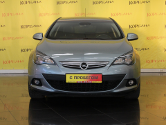 Фото 2 - Opel Astra J Рестайлинг 2011 г.