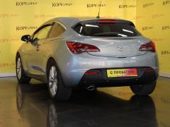 Фото 6 - Opel Astra J Рестайлинг 2011 г.